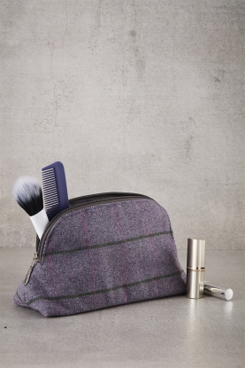 Lavender Tweed Cosmetics Case